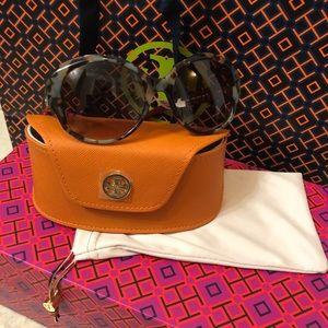 Tory Burch Sunglasses irregular square frame NWT's